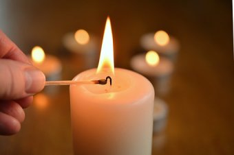 candle-1750640__340
